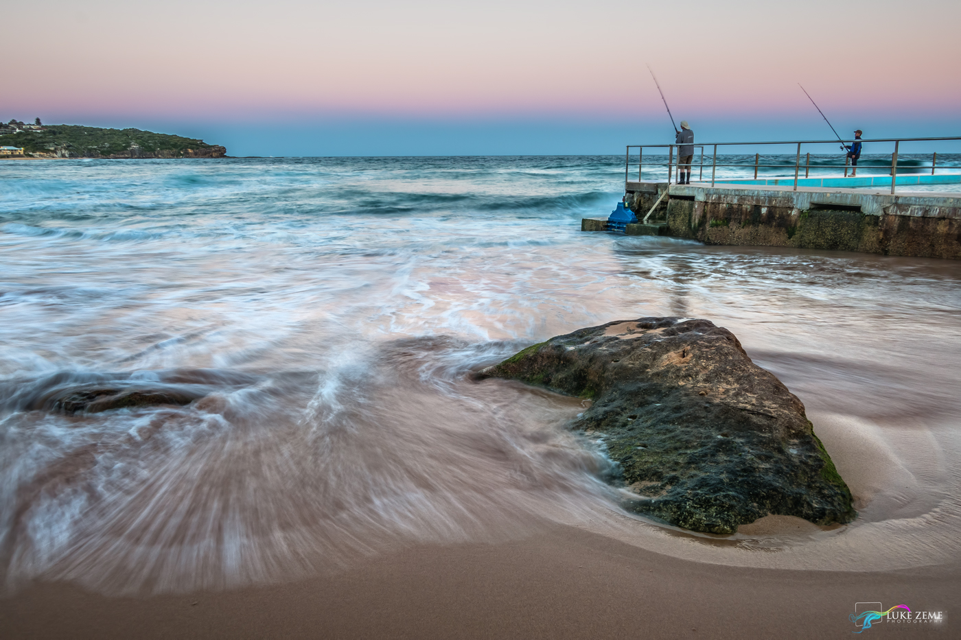 Luke Zeme Photography Fishing-the-great-expanse PHOTO OF THE DAY- Seascapes from Curl Curl Beach, Northern Beaches Sydney