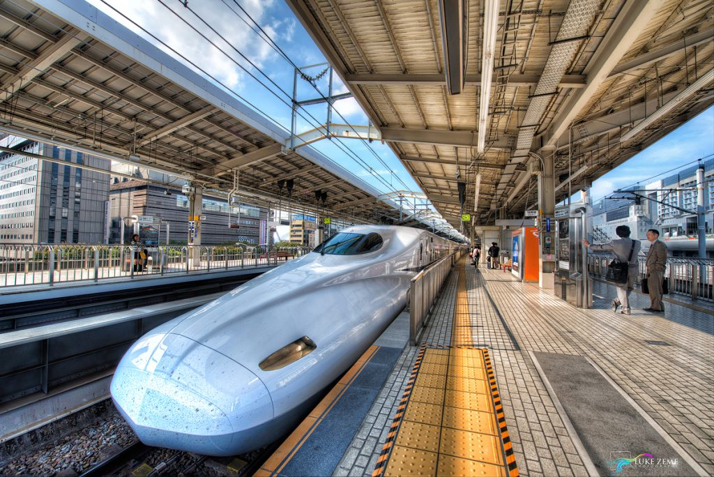 Luke Zeme Photography Bullet-Train-Before-HDR-1024x684 HDR Before & After- Bullet Train, Kyoto  Luke Zeme Photography Bullet-Train-After-HDR-1024x684 HDR Before & After- Bullet Train, Kyoto