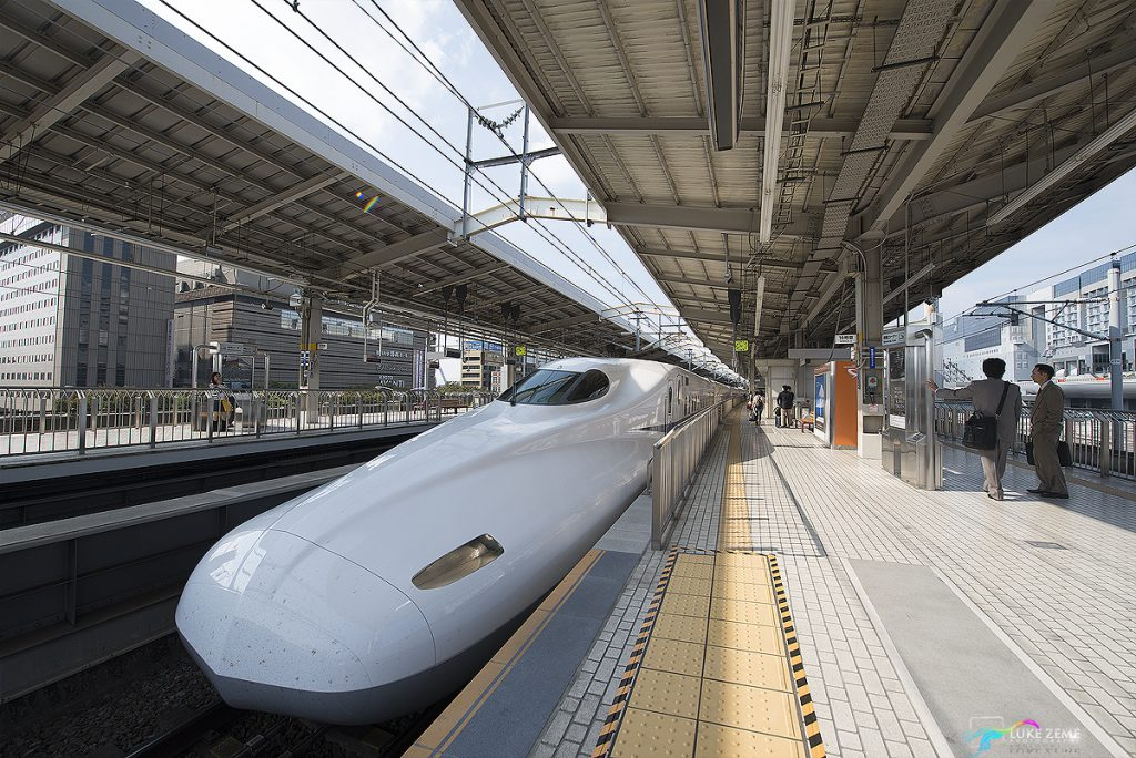Luke Zeme Photography Bullet-Train-Before-HDR-1024x684 HDR Before & After- Bullet Train, Kyoto